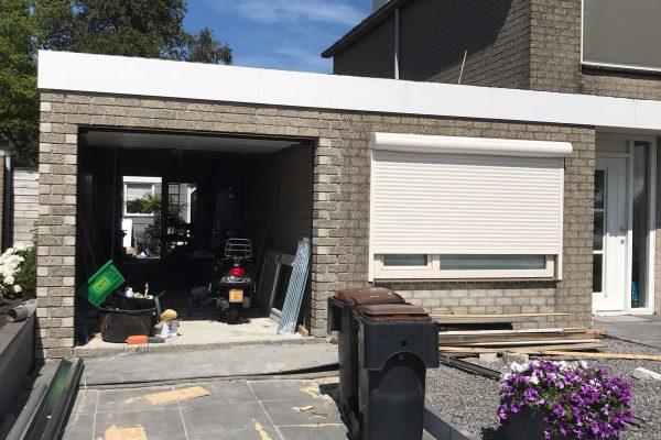 Aanbouw naast woning